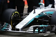 f1-mercedes-amg-f1-w08-launch-2017-mercedes-amg-f1-w08-front-wing-detail.jpg6